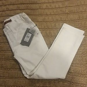 Seven for all man 6 NWT white Roxanne skinny jeans